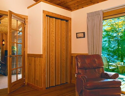 220 Series Accordion Door / Vinyl-Lam Finish & Custom Accordion Doors / Room Dividers pezcame.com