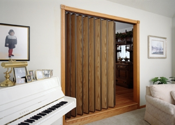240 Series Accordion Door / Vinyl-Lam Finish